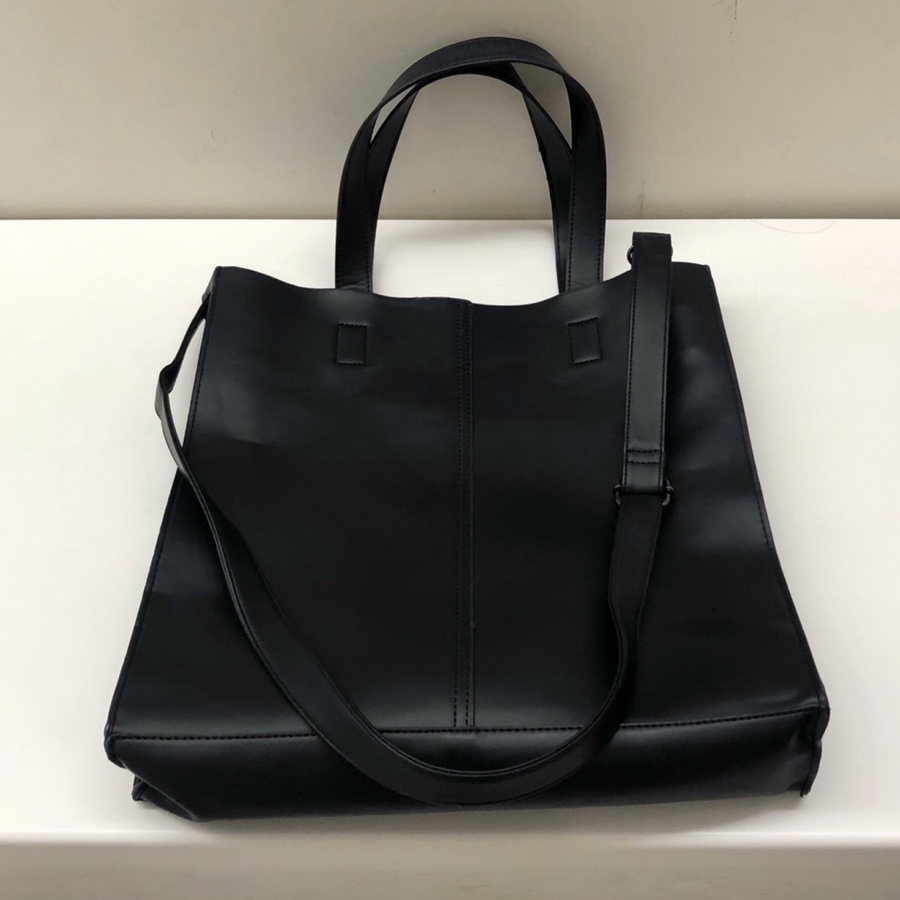 Leather tote bag(3월초중입고)